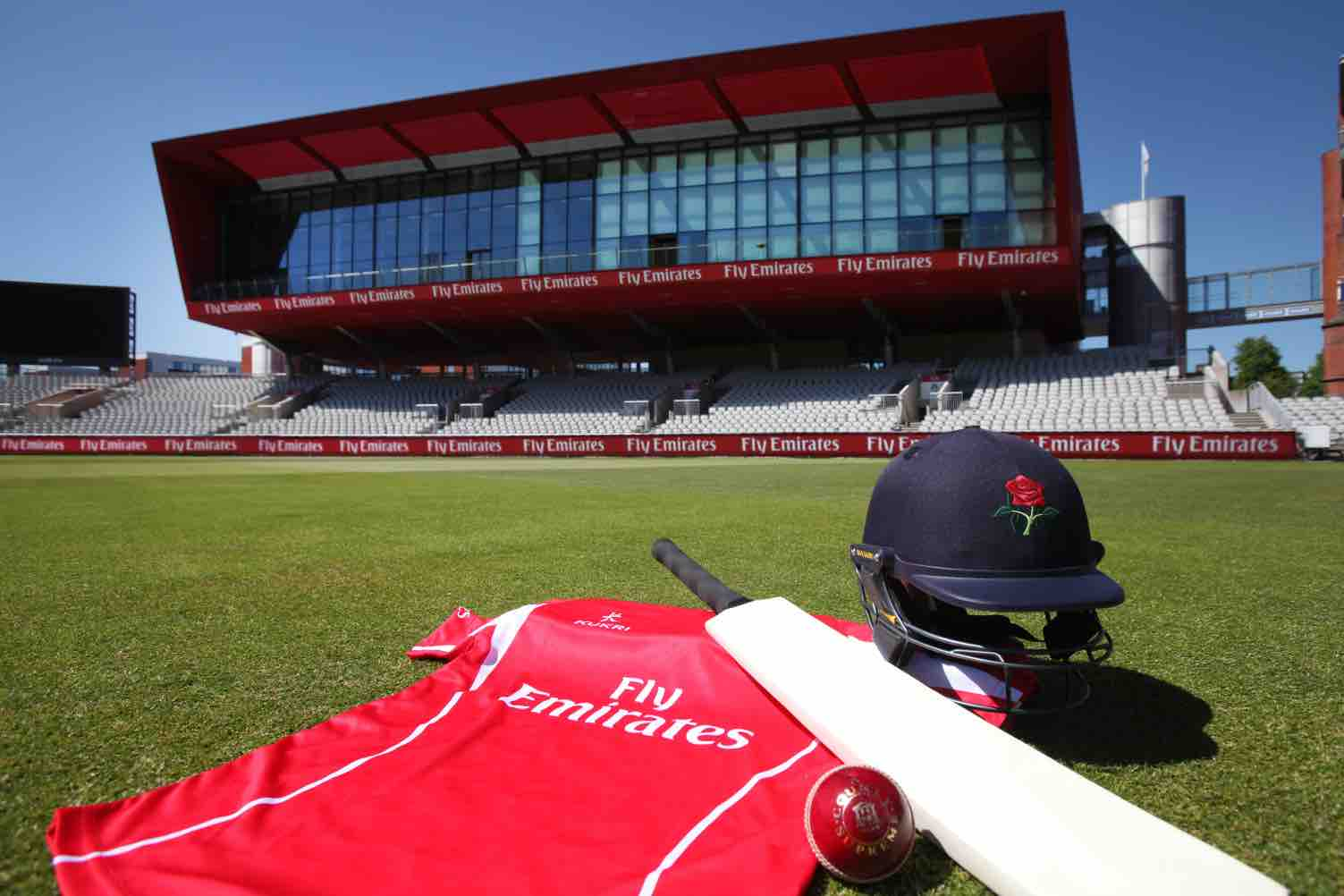Emirates and Lancashire Cricket in Record Sponsorship