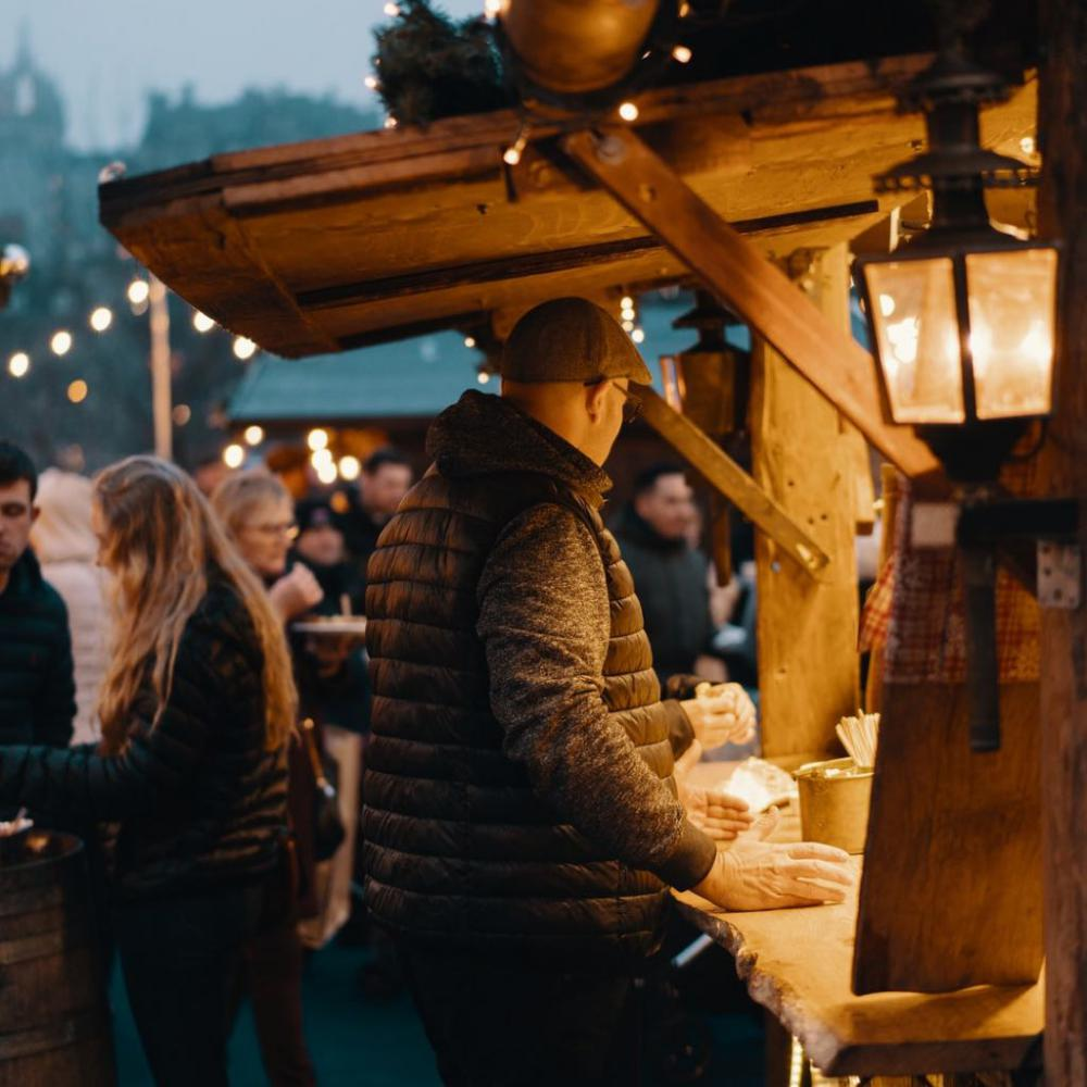 Christmas Markets will return to Albert Square this year